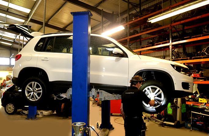 1012 Here we look at some of the Volkswagen car service work we carry out from our garage