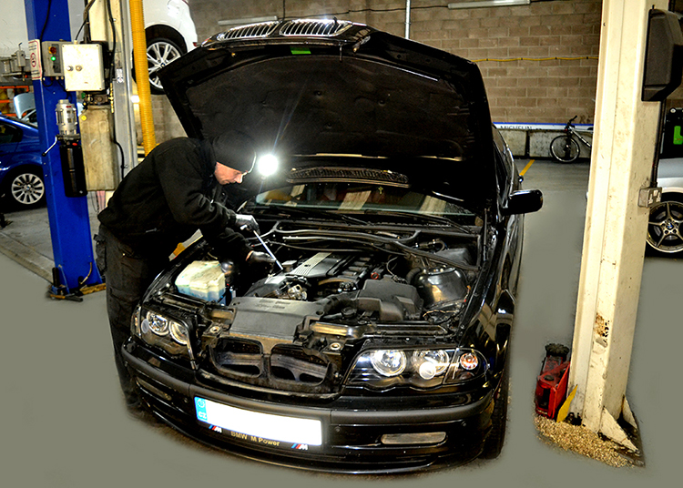 1114 Here we look at some of the BMW car work we carry out from our garage in Cardiff