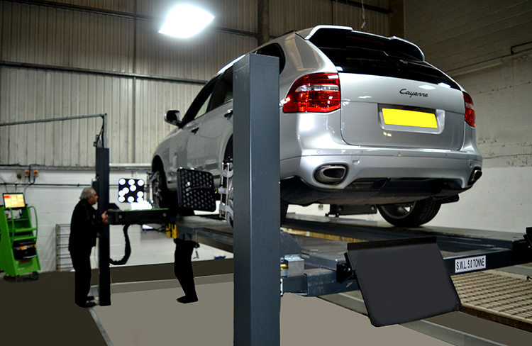 136 We offer an MOT trade service to car dealers and independent garages