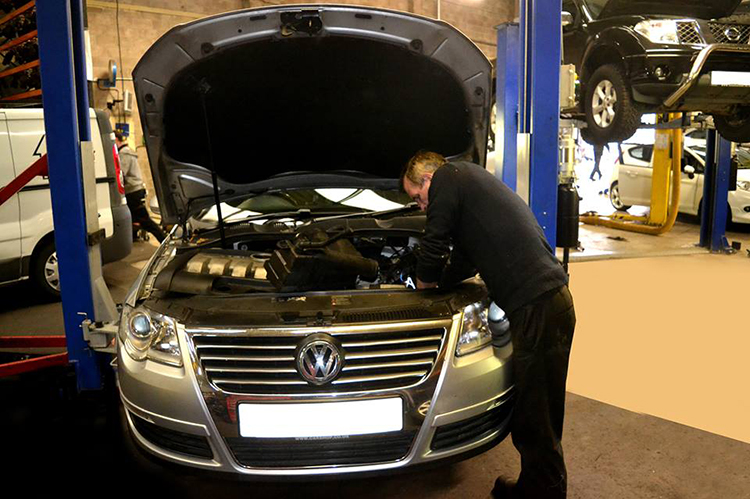 159 Here we look at some of the Volkswagen car service work we carry out from our garage