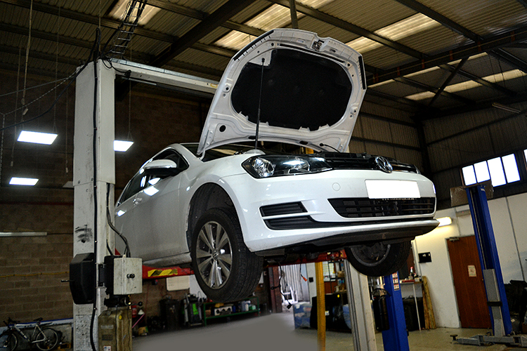 162 Here we look at some of the Volkswagen car service work we carry out from our garage