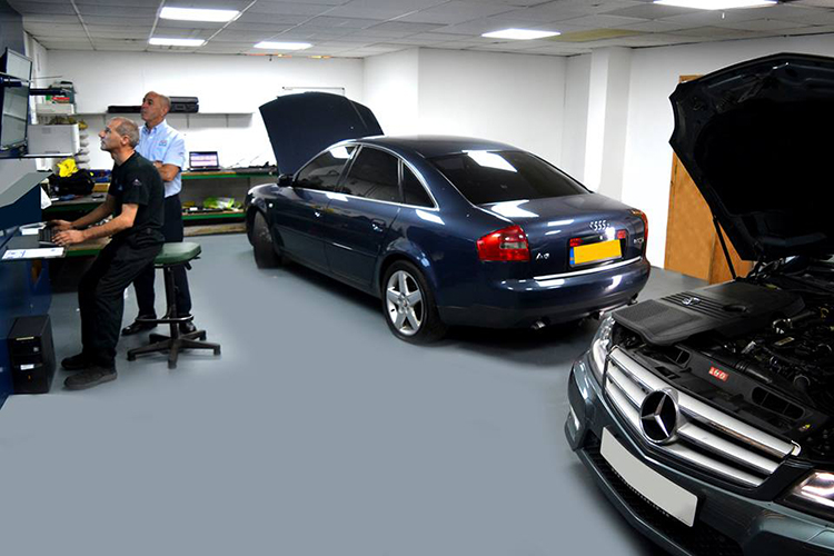 246 Learn about the vehicle servicing industry it could save you money
