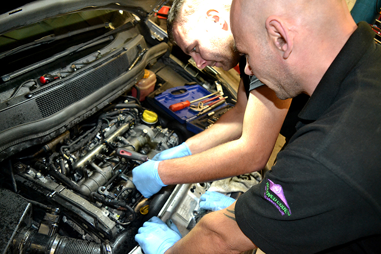 315 We are a Renault specialist in Cardiff servicing Renault cars and Renault models of all types