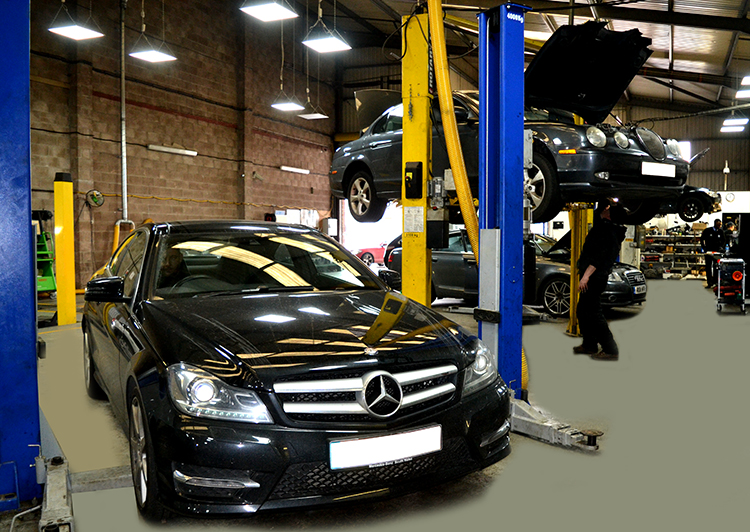 344 When it comes to servicing brand new models of car we are the right garage to turn to