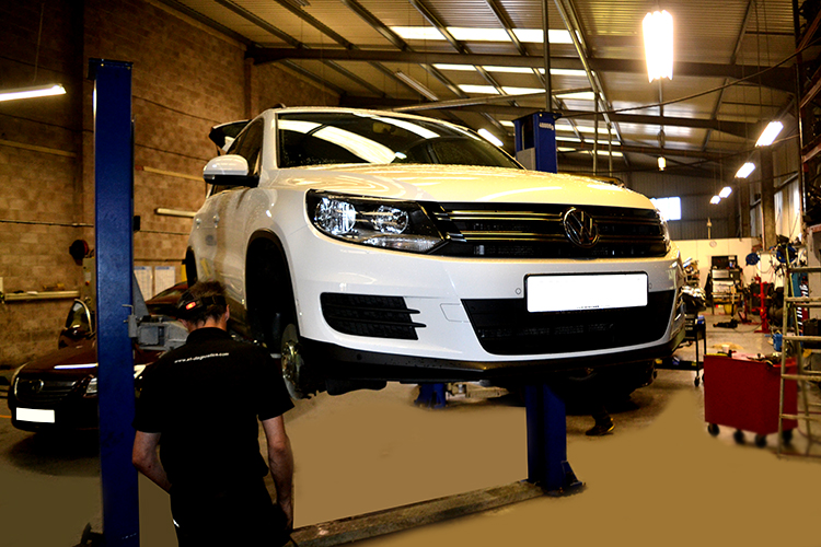817 Here we look at some of the Volkswagen car service work we carry out from our garage