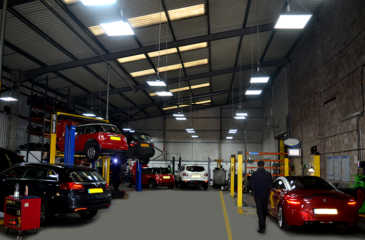 DSC 0402a2 We are a FIAT garage carrying out repairs and vehicle maintenance on FIAT cars and FIAT vehicles
