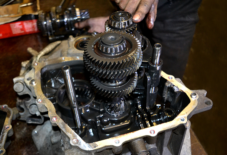 DSC 0788 We are experts in gearbox rebuilding and repairs